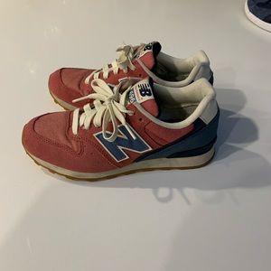 New Balance Shoes - New Balance 696 Retro Fashion Sneakers